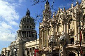 Am Capitol in Havanna wird derzeit noch gebaut