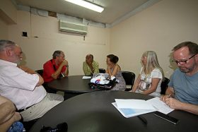 Gruppengespräch in der Psychologischen Fakultät Luba
